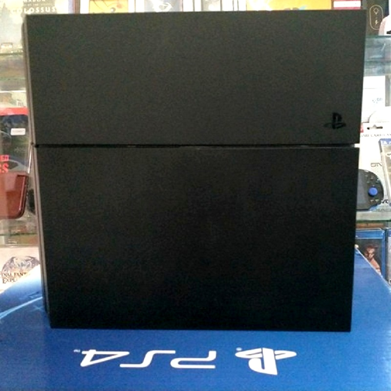 Playstation 4 CUH-1206A ( 2nd hand )