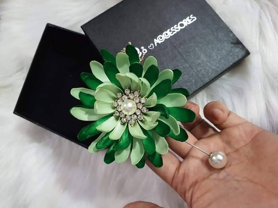 Cài áo hoa cúc handmade