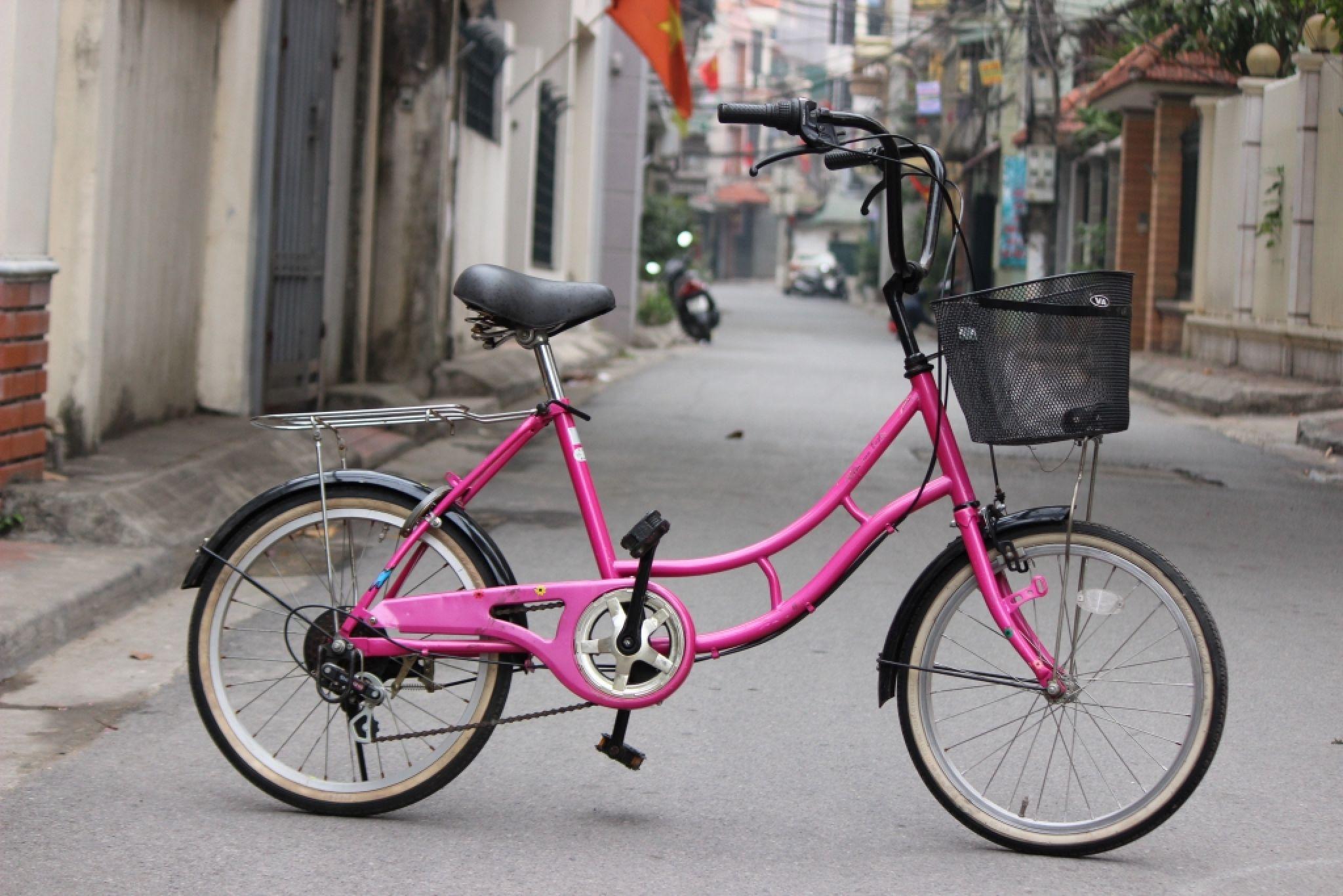 Xe Nhật cho bé gái