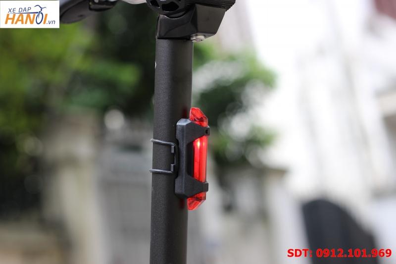 Đèn LED nháy sau cọc yên xe đạp (sạc USB)