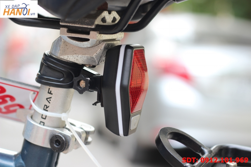 Đèn hậu xe đạp Acrono