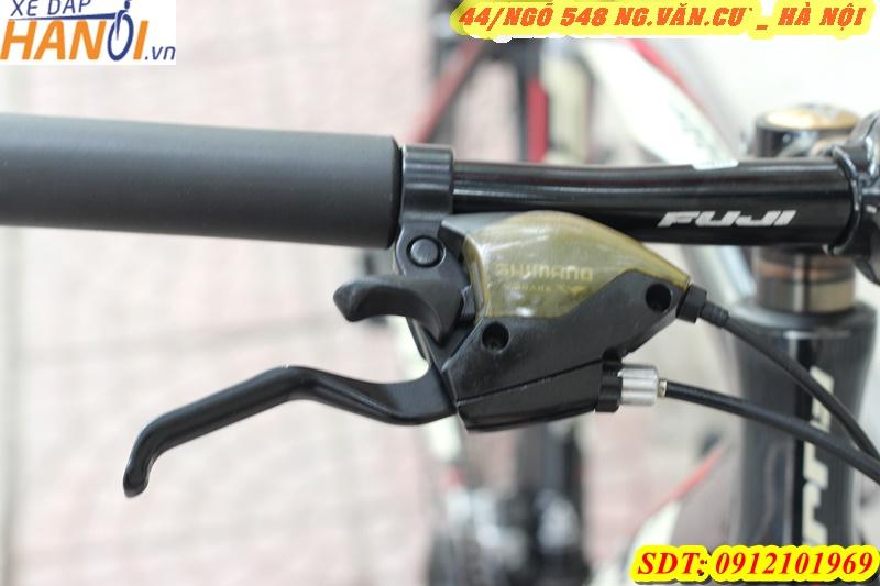 Xe đạp thể thao touring Nhât bãi LOUIS TR2 đến từ Canada