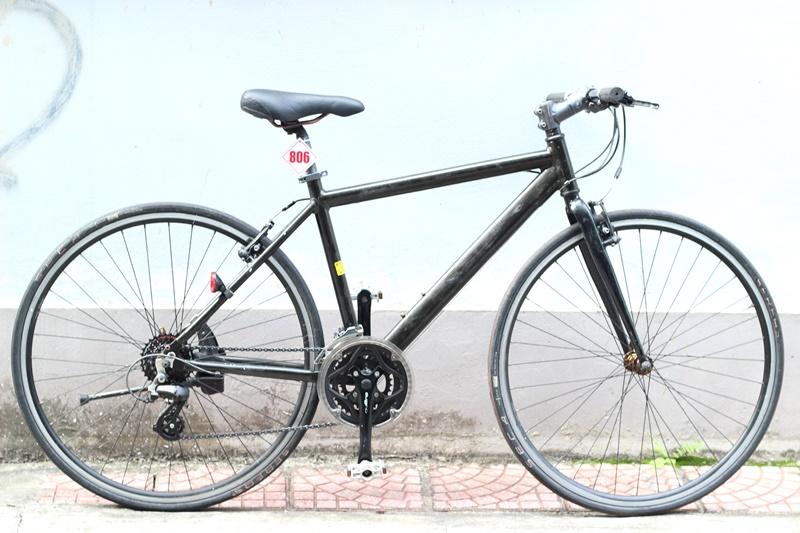 Xe đạp Touring Nhật bãi Gios Esola đền từ Nước Ý