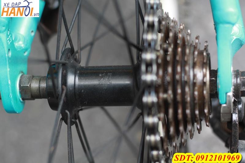 Xe đạp thể thao touring Nhật bãi LOV_one F đến từ Japan-