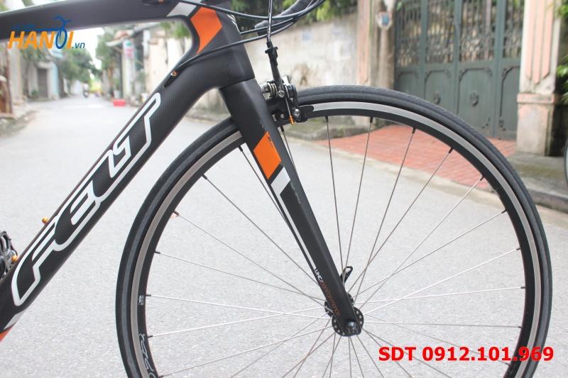 Xe đạp Road Carbon Felt Z6