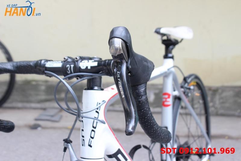 Xe đạp đua carbon Focus Izalco Funda Pro