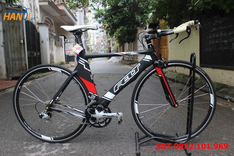 Xe đạp đua Carbon  Felt B16