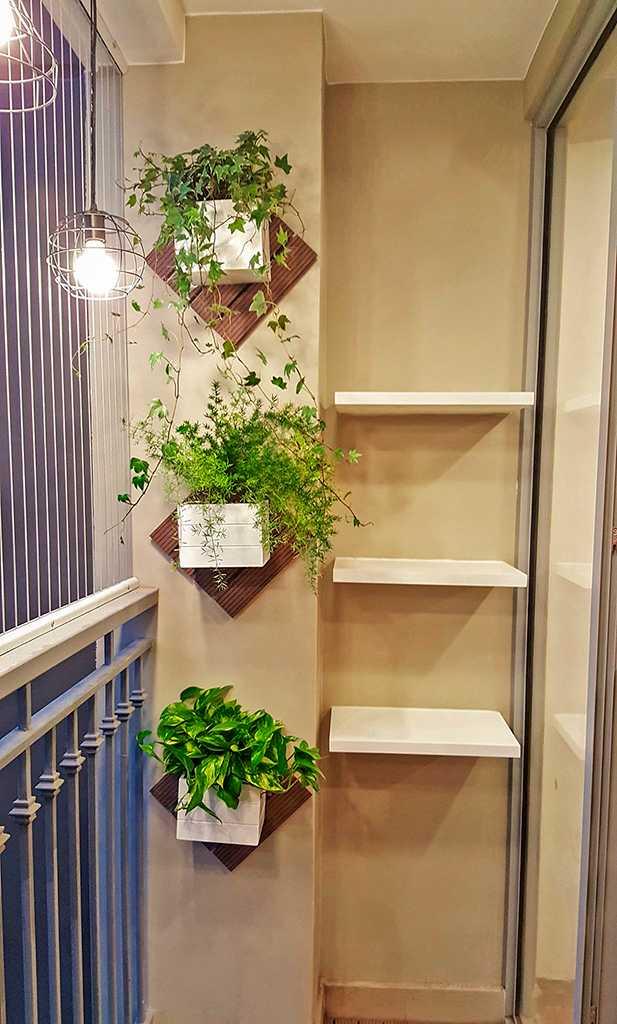 Ban công chung cư Vinhome Gardenia Mỹ Đình