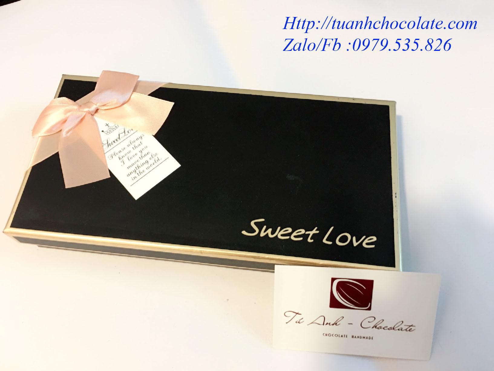 NHC18 - Vỏ  hộp đựng socola hình chữ nhật 18 ngăn