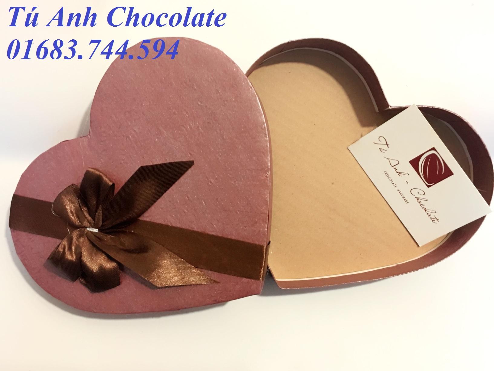 HT19-Hộp đựng socola hình tim