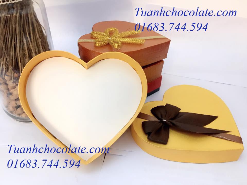 HT152 - Hộp đựng socola giá rẻ