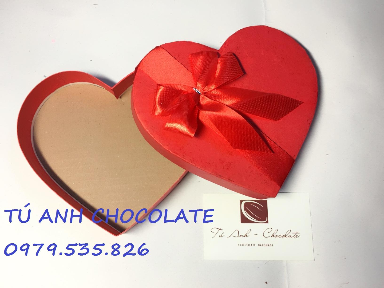 Hộp đựng socola tình yêu giá rẻ