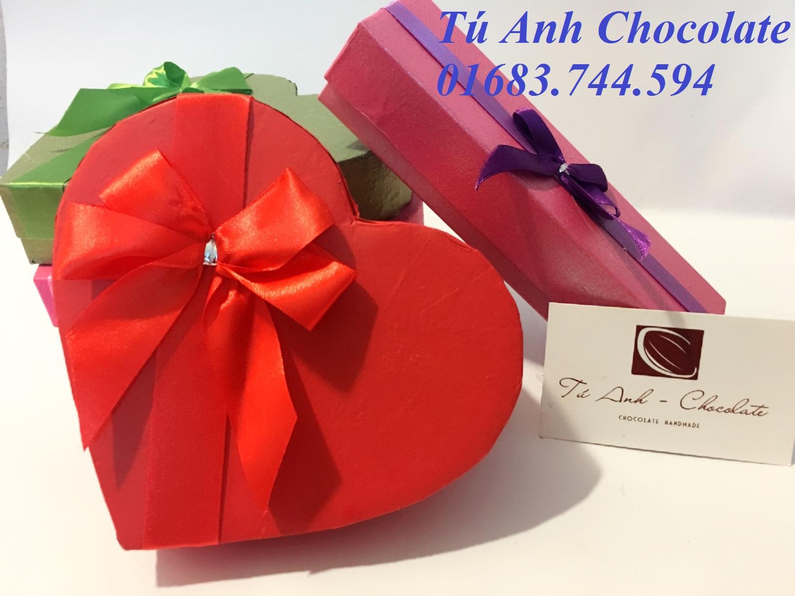 Hộp đựng socola valentine giá rẻ