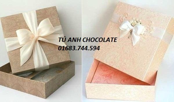 VHV11-Hộp đựng socola hình vuông