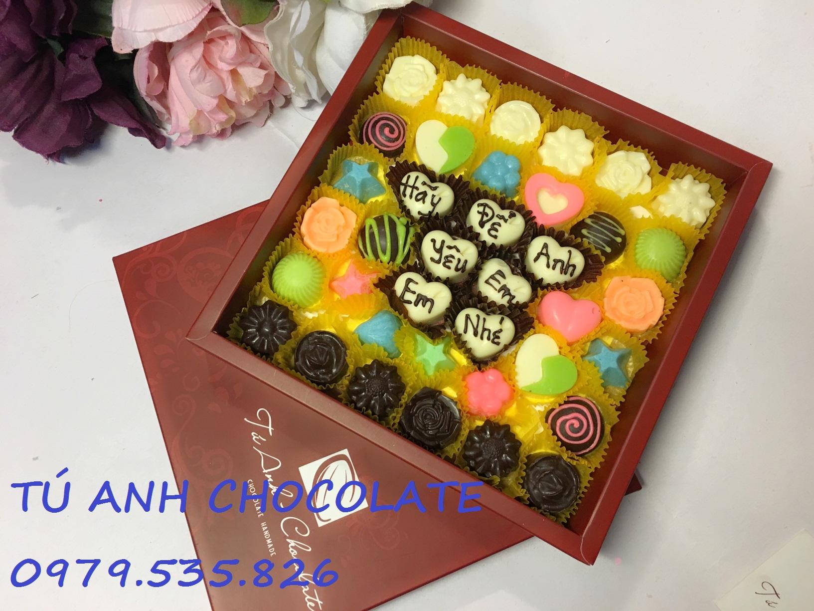 Socola valentine theo yêu cầu - TÚ ANH CHOCOLATE