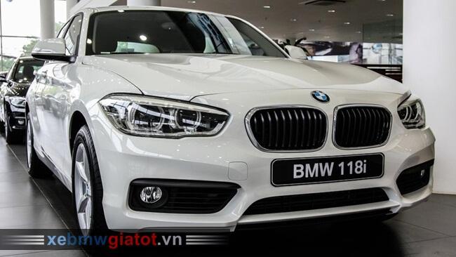 BMW 118i hatchback 5 cửa