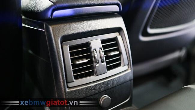 dàn điều hòa sau xe BMW 118i hatchback