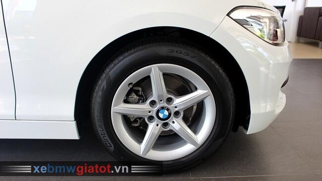 vành la-zăng xe BMW 118i hatchback