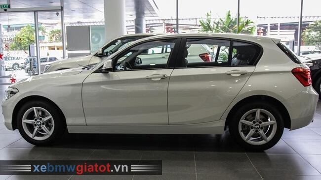 thân xe BMW 118i hatchback 2017