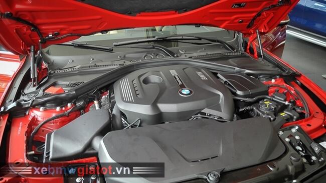 động cơ xe BMW 320i