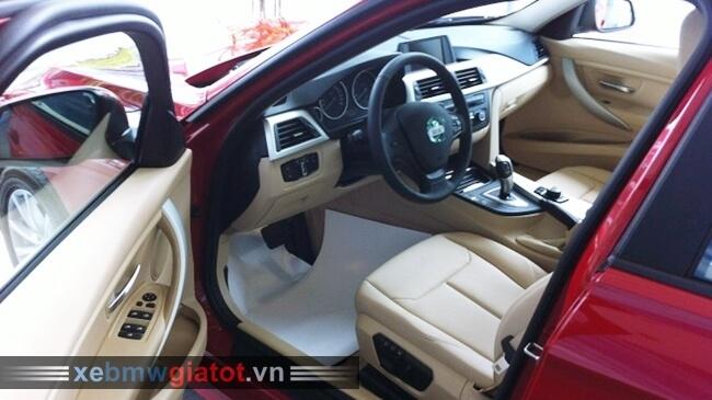 Ghế lái xe BMW 320i