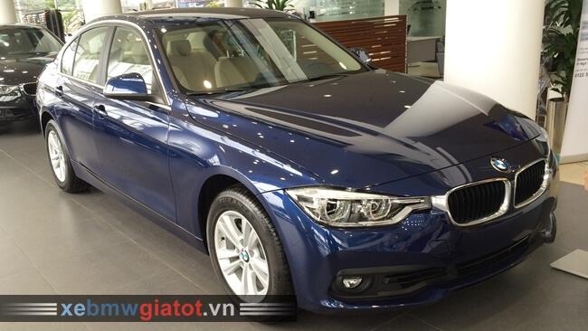 Xe BMW 320i màu xanh dương Imperial