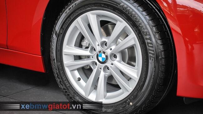 vành la-zăng xe BMW 320i