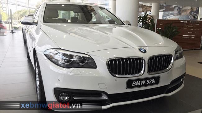 Xe BMW 520i màu trắng Mineral.
