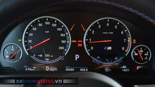 đồng hồ trung tâm xe BMW M5 2017 mới