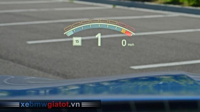 hiển thị kính lái xe BMW M5