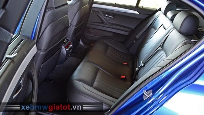 hàng ghế sau xe BMW M5 2017 mới