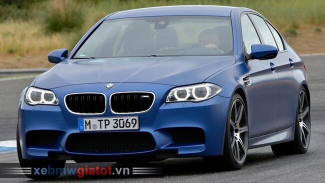 BMW M5 sedan 2017 mới