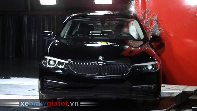 BMW 5 Series 2017 an toàn cao