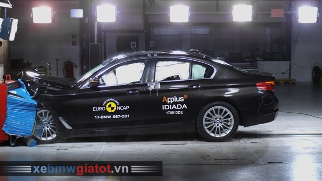 BMW 5 Series 2017 an toàn 5 sao