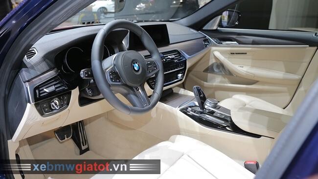 Ghế xe BMW 5 Series Touring 2017