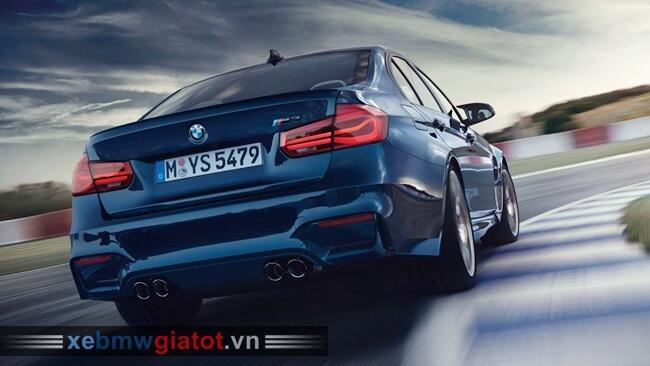 Đuôi xe BMW M3 2018