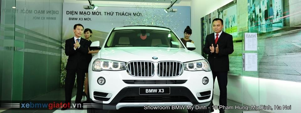 Khu vực bàn giao khách hàng nhận xe BMW Mỹ Đình