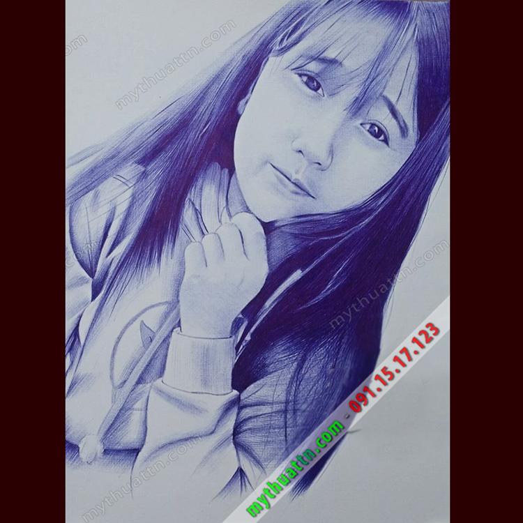 Tranh chân dung bút bi xanh
