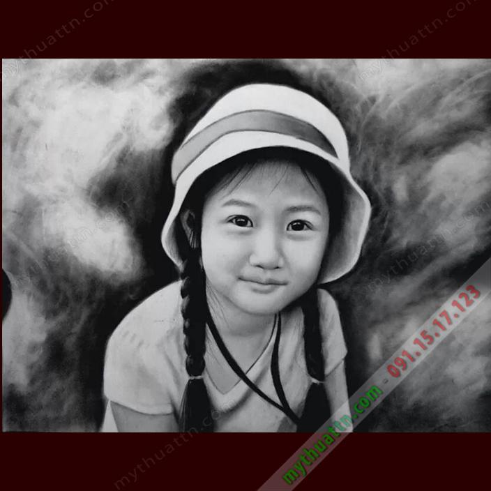 Tranh chân dung bé gái, chì than 016