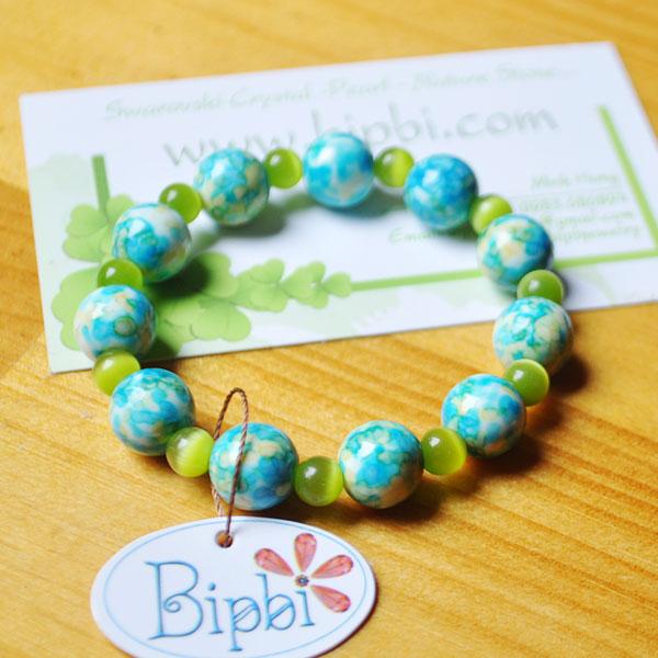 BR002 - Synthetic gems bracelet