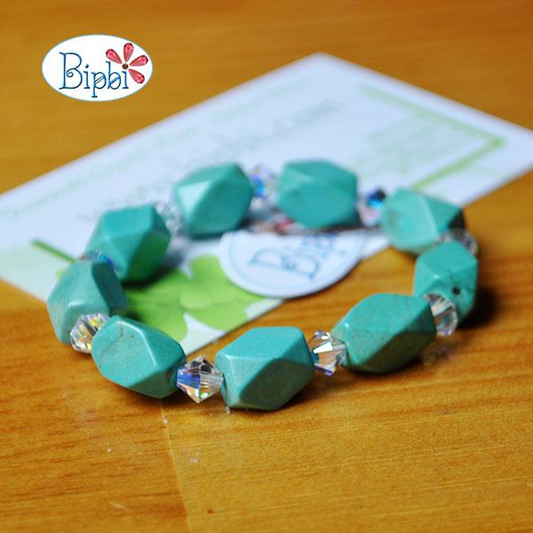 BR010 - Handmade howlite bracelet