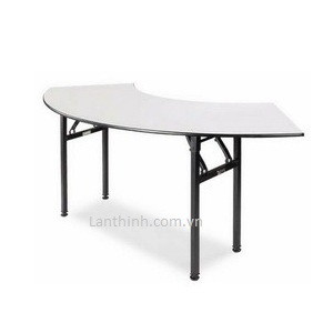 Banquet Folding Cresent Table