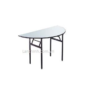 Banquet Folding Halpmoon Table