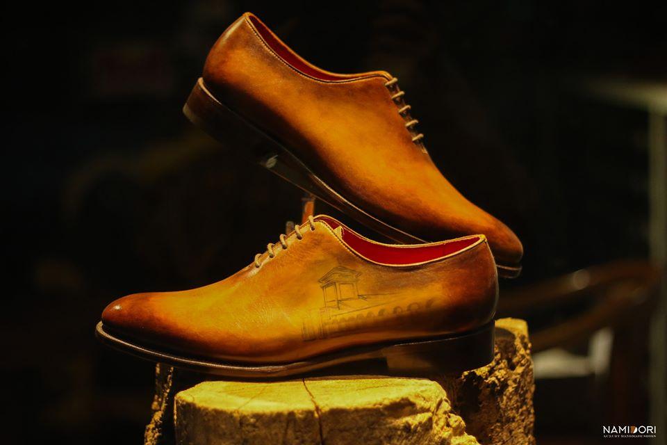 Custom giày tây theo phong cách của bạn. Tại sao không ?
