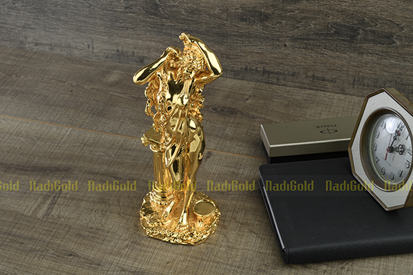 tượng thần vệ nữ mạ vàng