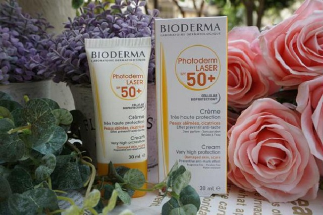 review kem chống nắng Bioderma Photoderm Laser SPF50+