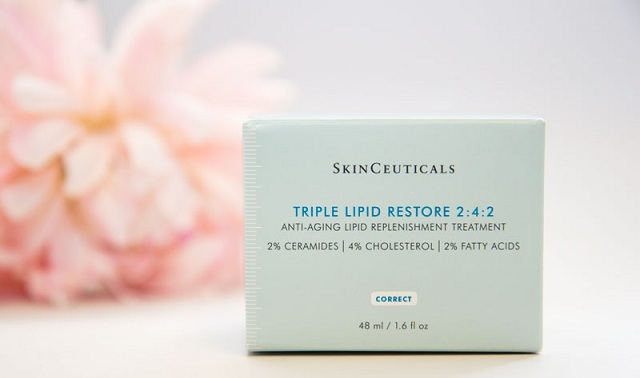 Review kem dưỡng da Skinceuticals Triple Lipid Restore 2: 4: 2