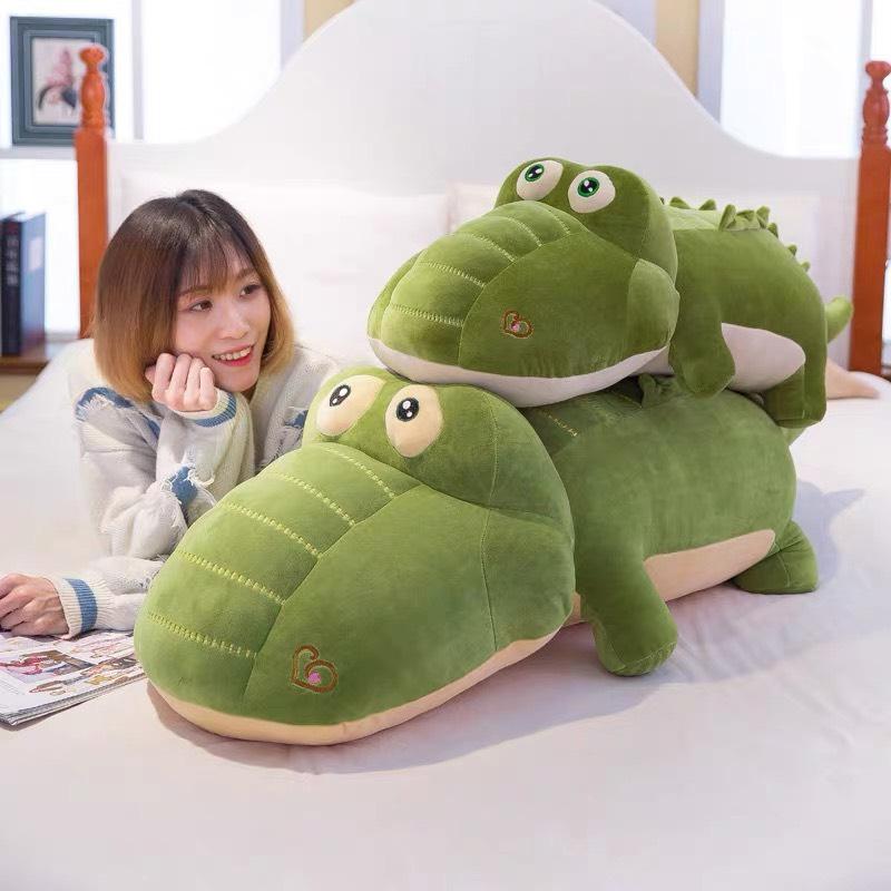 Cá sấu nhồi bông nhung xanh mềm mại