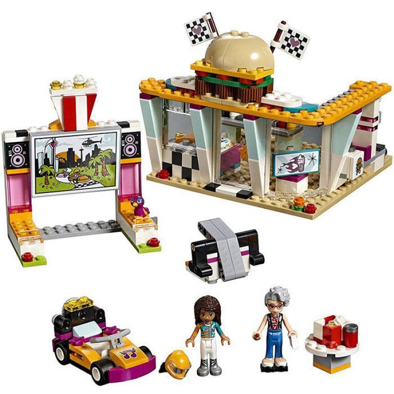 Láp Ráp Lego Friend đội đua ăn mừng chiến thắng 386 chi tiết - Lepin 01070