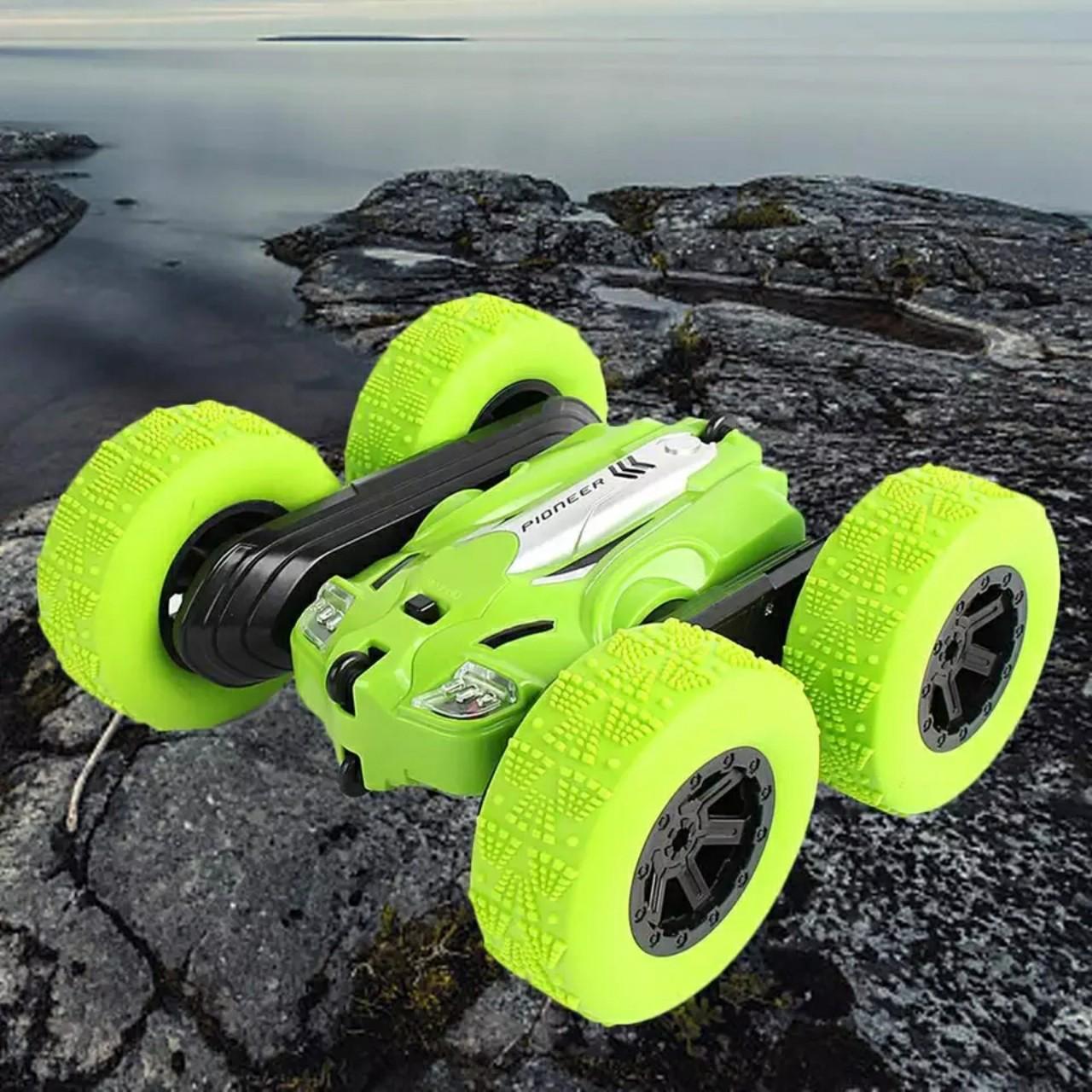 Xe ôtô điều khiển từ xa nhào lộn 360 độ 2 cầu - Stunt racing C104